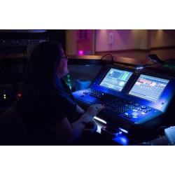新维讯专业建设实景虚拟演播室,直播带货间