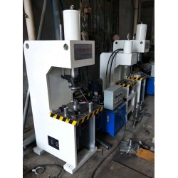 机械式单臂压力机使用过程中的维修保养事宜